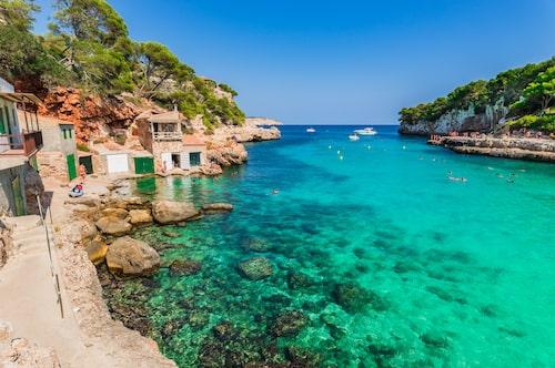 Cala Llombards på Mallorca är magiskt vackert.