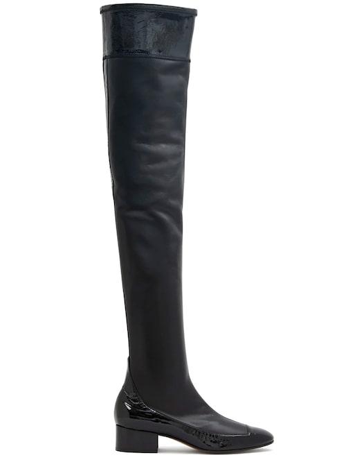 Lårhöga boots från Loewe med låg klack. Klicka på bilden och kom direkt till skorna.