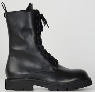 Filippa K stövlar Mocka boots svarta skinn trend skor