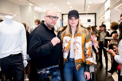 Stylisten Jimmy Neda och modellen Nina Strauss.