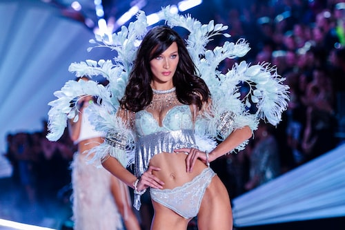 Modellen Bella Hadid på Victoria's Secret modevisning.