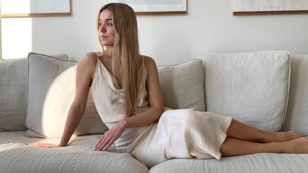 Mikaela Hållén är moderedaktör för STYLEBY.