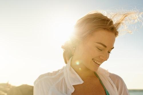 Välj en BUS-produkt som är speciellt framtagen för ansiktet för att få en fin och jämna färg.