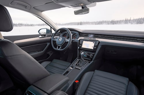 Interiören är liksom bilen helt nyutvecklad, men allt känns igen från föregångaren.