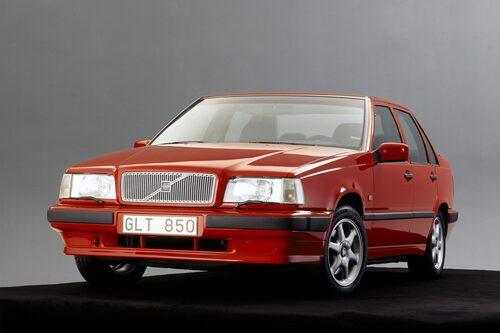 Volvo 850 (1991-1997). 850 stod för Volvos största förvandling hittills. Utan 850 hade Volvo inte varit där man är i dag. Framhjulsdrift.