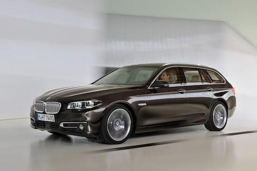 "<strong><span style=""color: #fff000;"">661 kronor per liter lastutrymme.</span><br />BMW 5-serie Touring</strong><br />Pris från 369 900 kronor.<br />Bagageutrymme: 560 liter.<br />Euro NCAP krocktestbetyg: 5 av 5."