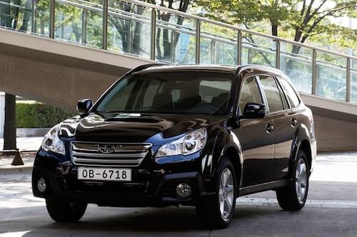 "<strong><span style=""color: #fff000;"">599 kronor per liter lastutrymme.</span><br />Subaru Outback</strong><br />Pris från 314 900 kronor.<br />Bagageutrymme: 526 liter.<br />Euro NCAP krocktestbetyg: 5 av 5."