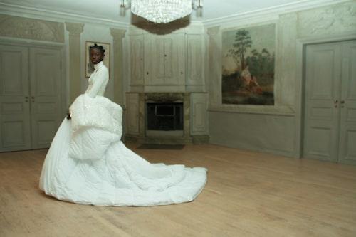 William Wahlström inspirerades av Marie Antoinette när han skapade klänningen till Matilda Rapaport Hargins minne.