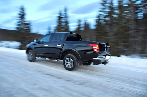 Inkopplingsbar fyrhjulsdrift säkrar framkomlighet och stabilitet vintertid.