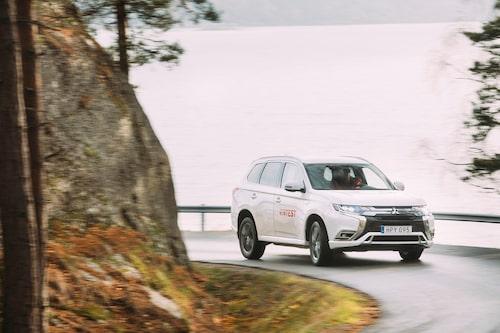 Mitsubishi Outlander laddhybrid i test i Teknikens Värld nummer 25/2018.