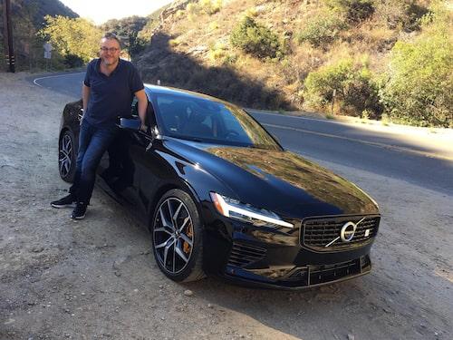 Hans Hedberg med nya Volvo S60 T8 Twin Engine Polestar Engineered på Mulholland Drive.