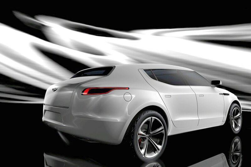 Nog syns det att Lagonda är nära besläktat med Aston Martin. De rena och böljande linjerna känns igen, trots att de har fått en betydligt tuffare framtoning.