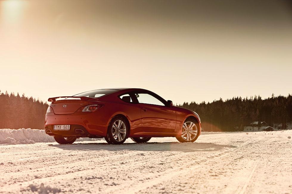 Provkörning av Hyundai Genesis Coupé