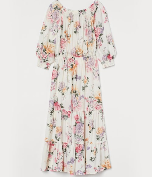 Blommig långklänning från H&M. Klicka på bilden och kom direkt till klänningen.