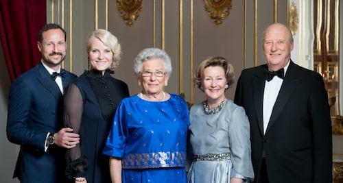 Kung Harald av Norge har sin mamma att tacka för mycket.