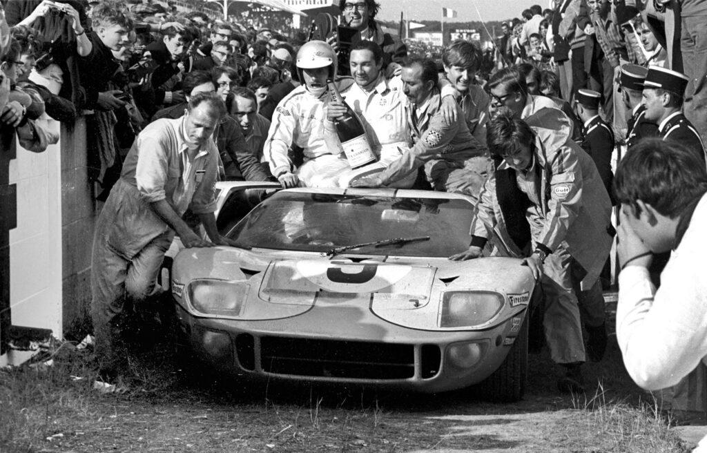1968 vann GT40 igen med Rodriguez och Bianchi. Samma bil med chassi nummer GT40P/1075 skulle vinna även 1969.