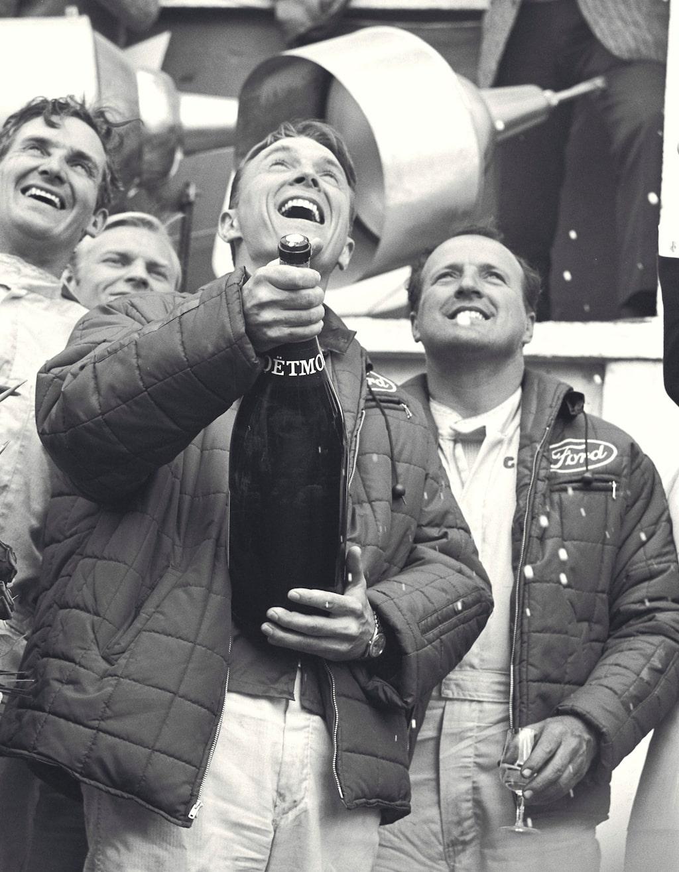 Segern 1967 var den första för en rakt igenom amerikansk förarbesättning, som dessutom körde en rakt igenom amerikansk bil. På pallen sprutade Dan Gurney champagne, vilket var första gången någonsin det med.