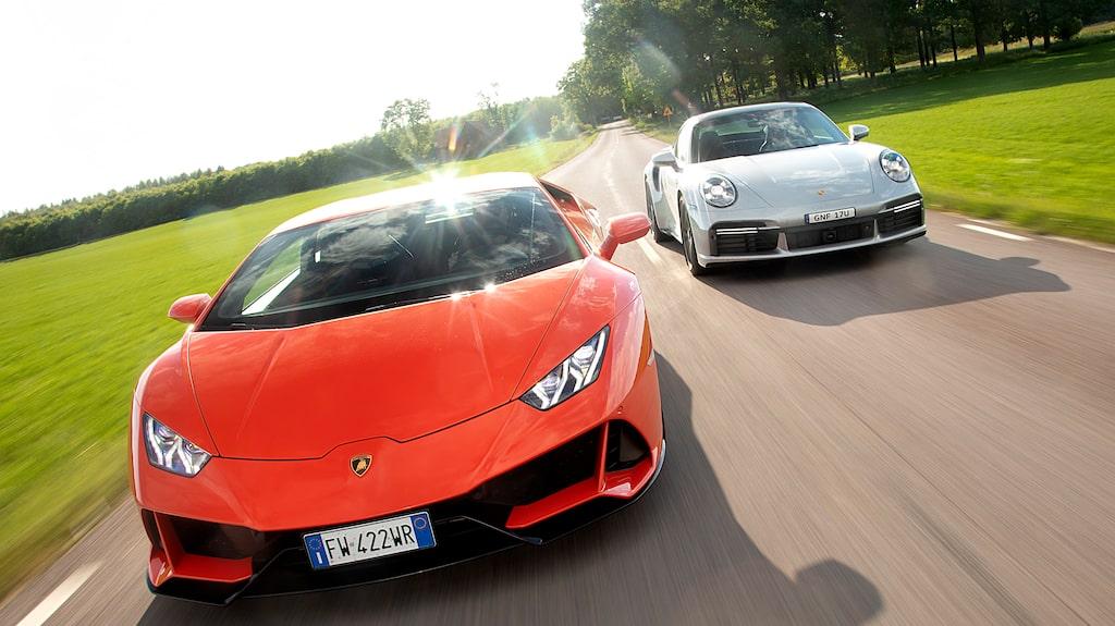 Har du 2,4 miljoner kronor över som bränner i fickan? Varsågod att välj – Lamborghini eller Porsche.
