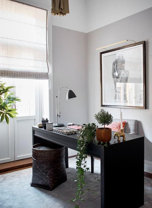 Ett ordentligt skrivbord kan bli en vacker möbel i hemmet.