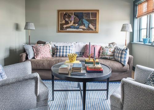 Hur många kuddar och mönster ryms i en soffa? Svar: Så många du vill!
