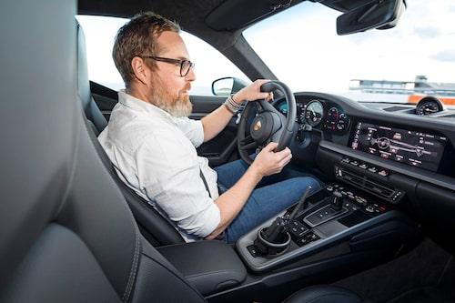 I körläge Normal är 911 lika lättkörd som en Skoda Superb, fast smidigare.