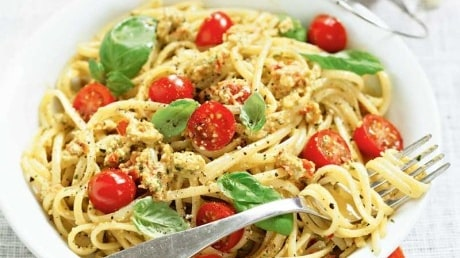 Pasta med tomatpesto