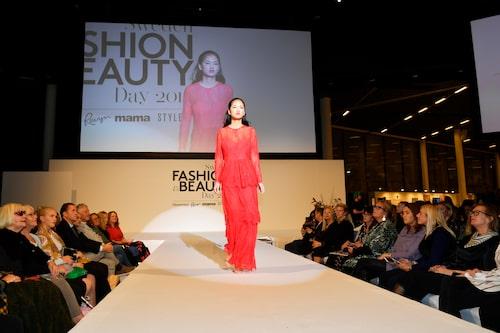 Modellen Mai-linh från Le Management.