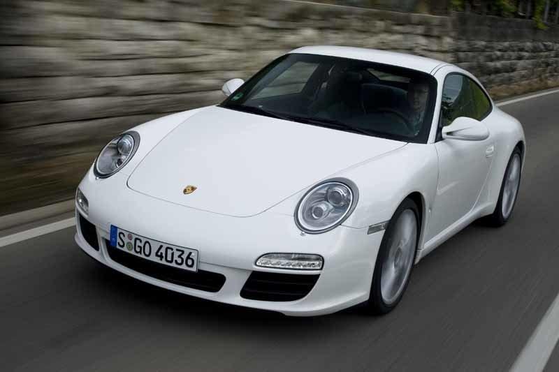 Provkörning av Porsche 911 Carrera S