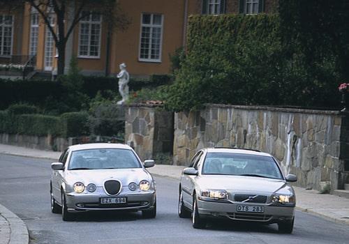 Provkörning av Jaguar S-type V6 mot Volvo S80 T6