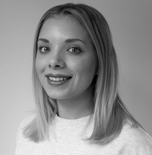 Sköna hems inredare Karolin Wikström väljer snyggaste kuddarna.