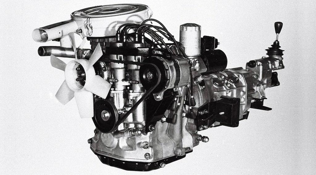 Mazda wankelmotor rotationskolvmotor