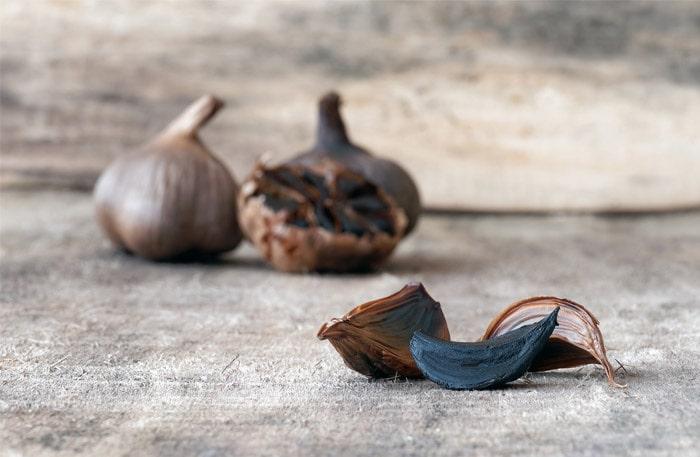 Black garlic - vitlökens udda släkting