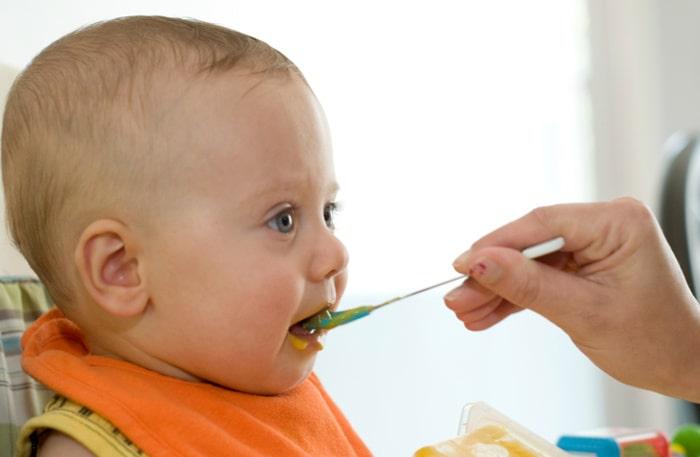 Arsenik i riset och kadmium i gröten. Hur väljer man rätt barnmat?