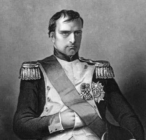 Napoleon Bonaparte i uniform. Hur lätt som helst att greppa vapnet.