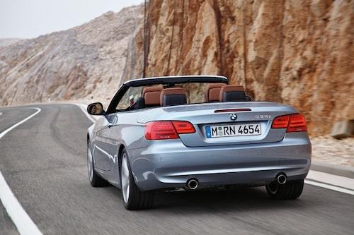 BMW 3-serie cabriolet toppar både i antal sökningar och antal annonser.