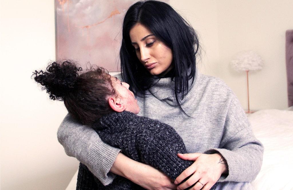Fatima berättar om sin son som har en CP-skada.