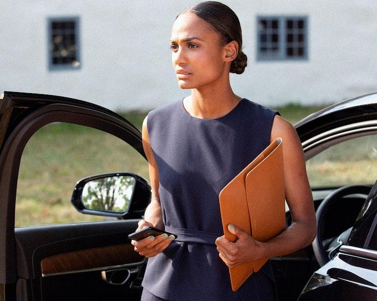 """I tv-serien """"Den inre cirkeln"""" spelar Nanna rollen som presschefen Lena Nilsdotter, som ska se till att näringsministern blir partiledare."""