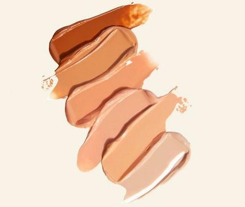 Vilken färg din foundation drar åt kan skvallra om din hudton.
