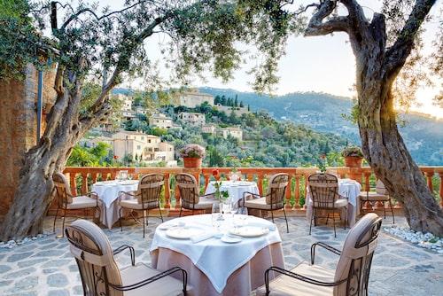Genuint och übermysigt på hotell La Residencia i bergsbyn Deia.