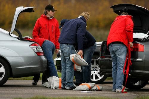 Vid Teknikens Världs undanmanöverprov lastas bilarna maximalt enligt registreringsbeviset.