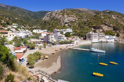 Ön Ikaria i Grekland tillhör de så kallade Blå zonerna. Här lever befolkningen tio år längre än EU-snittet
