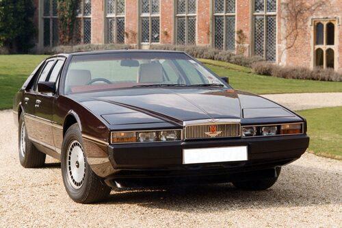 Senaste serieproducerade modellen av Aston Martin Lagonda. Nedlagd 1989.