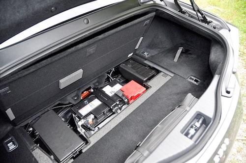 Batteriet ligger i mitten för att viktbalansen ska bli perfekt.