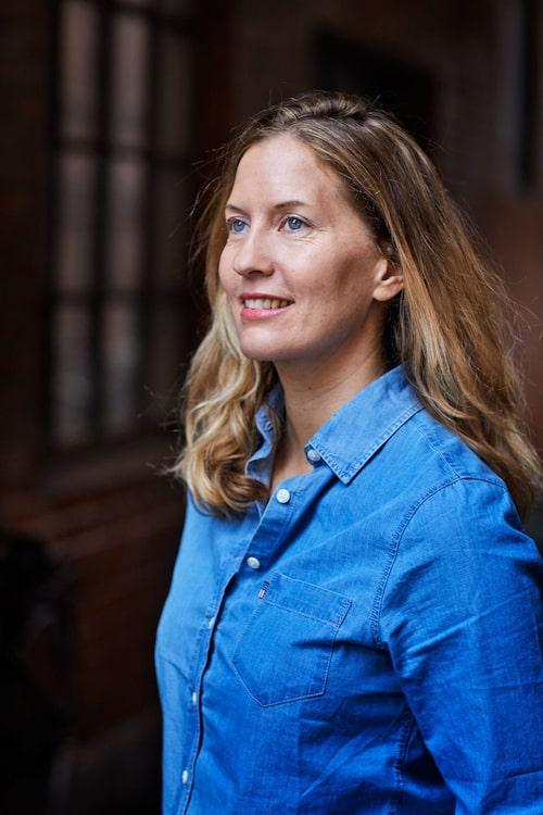 Helena Kubicek Boye, psykolog och författare till vinterbadsbibel Wild swimming – Bada för livet.