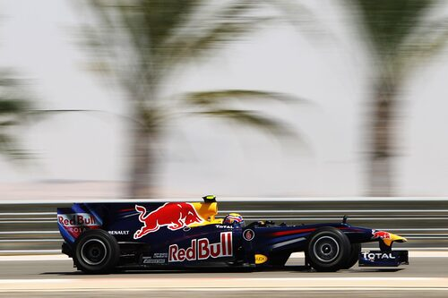 Australiensaren Mark Webbers kontrakt med Red Bull går ut i år. Sjätte startruta gäller i morgon.