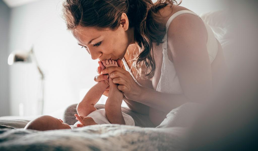 Under ditt första år som mamma kommer du lära dig massor – om dig själv, ditt barn, och om kärlek.