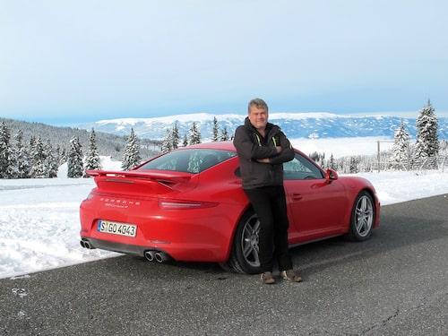 Ödmjuk som han är önskar Borglund bara en 4 utan S av den snälla jultomten.
