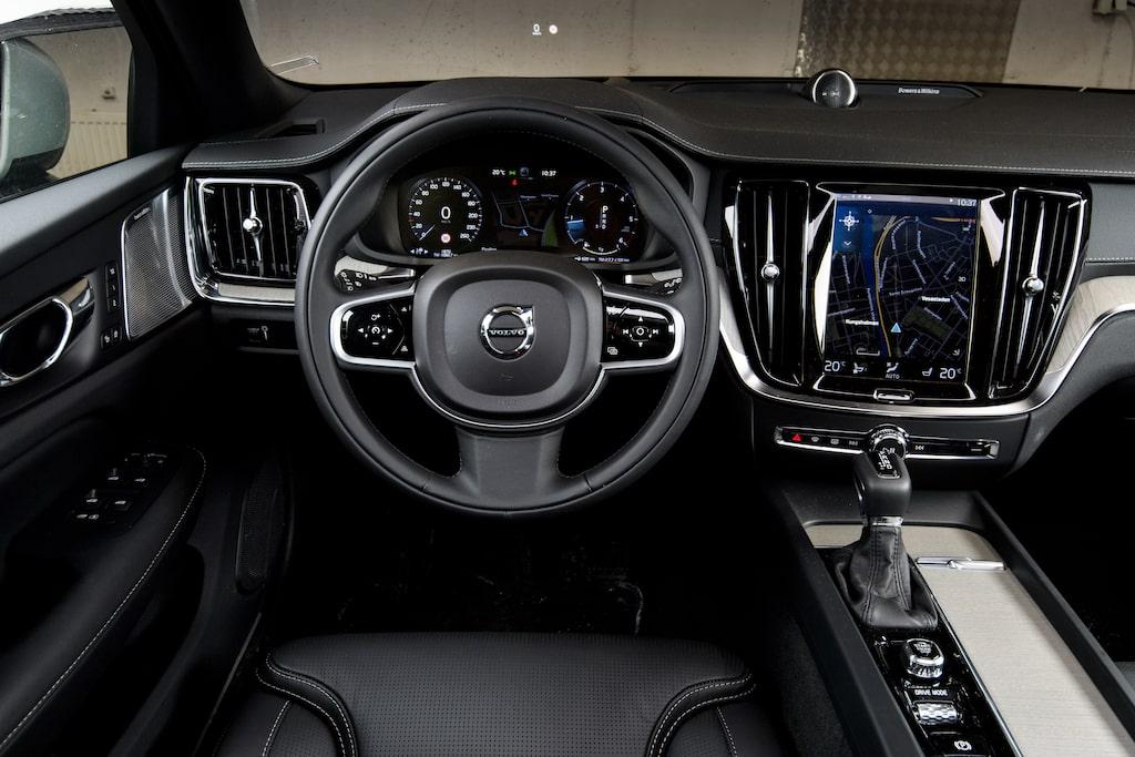 Volvo V60 Cross Country D4 AWD