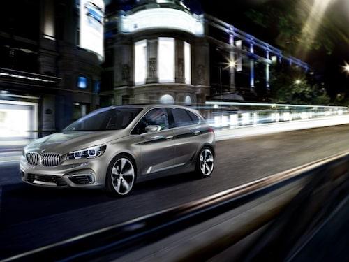 "BMW Concept Active Tourer <a href=""/2012/09/28/35095/vilken-bil-ar-din-favorit-i-paris-2012/"" style=""color: #fd9903; font-weight: bold;"">Är detta din favorit? Rösta här!</a>."