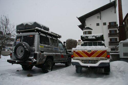 Vi vaknade upp till ett snöigt Holzkirchen i onsdags.